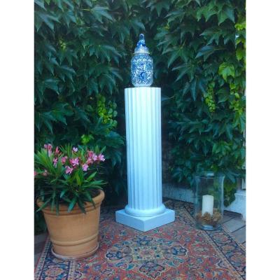 Doric Style Wooden Column