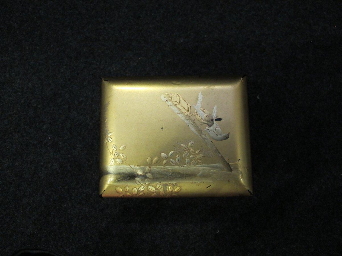 Boite Japonaise En Laque Dorée à Décor d'Oiseaux