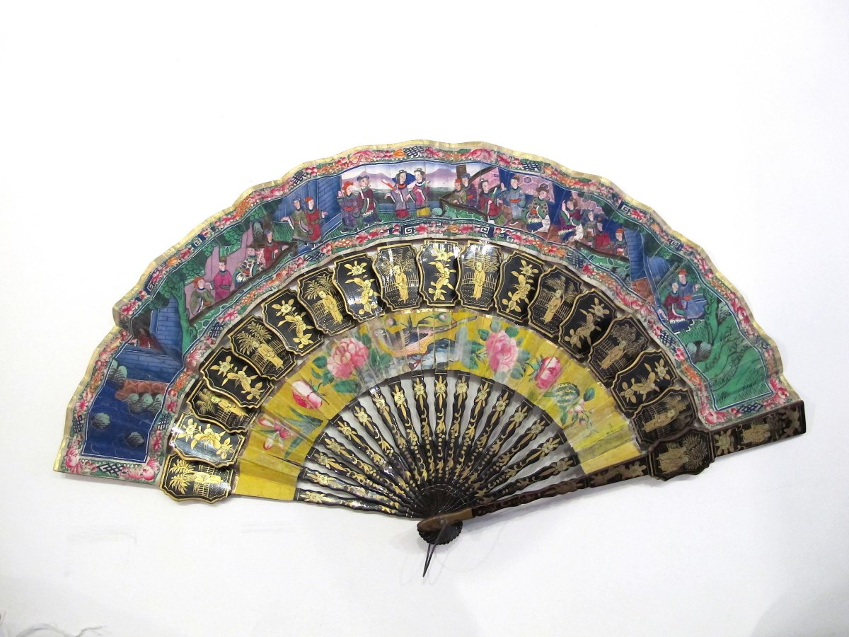 Black And Gold Lacquered Wood Hand Fan, Canton, China, 19th C. - With Its Original Box
