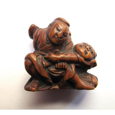Wooden Netsuke Representing Two Samurai Struggling In The Style Of Sumotori