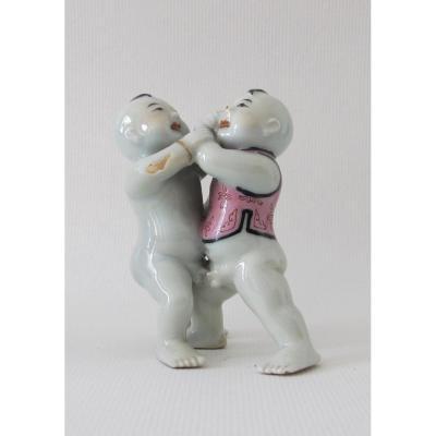 Couple d'Enfants En Porcelaine De Chine