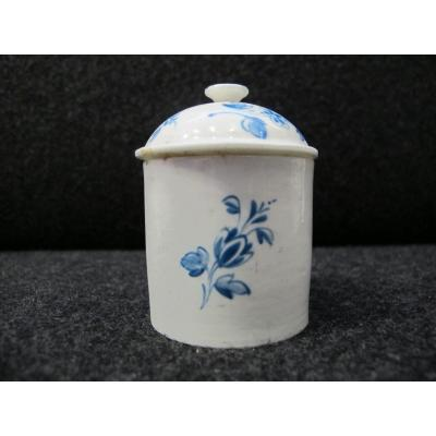 Soft Pomade Ointment Jar With Flower Throw Decor