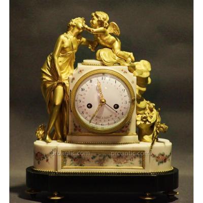 Pendule d'époque Louis XVI, mvmt à Quantièmes, en Bronze Doré et Marbre, Allégorie à l'Amour