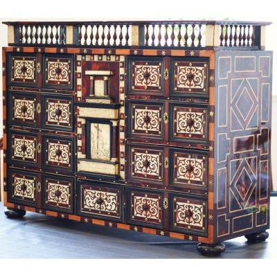 Cabinet Italien XVIIème siècle - Travail Florentin