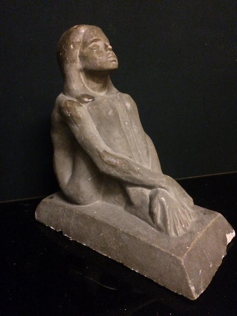 A. Joltkevitch(1872-1943)jeune Fille Assise ,sculpture Stuc , Ciment , Plâtre ?