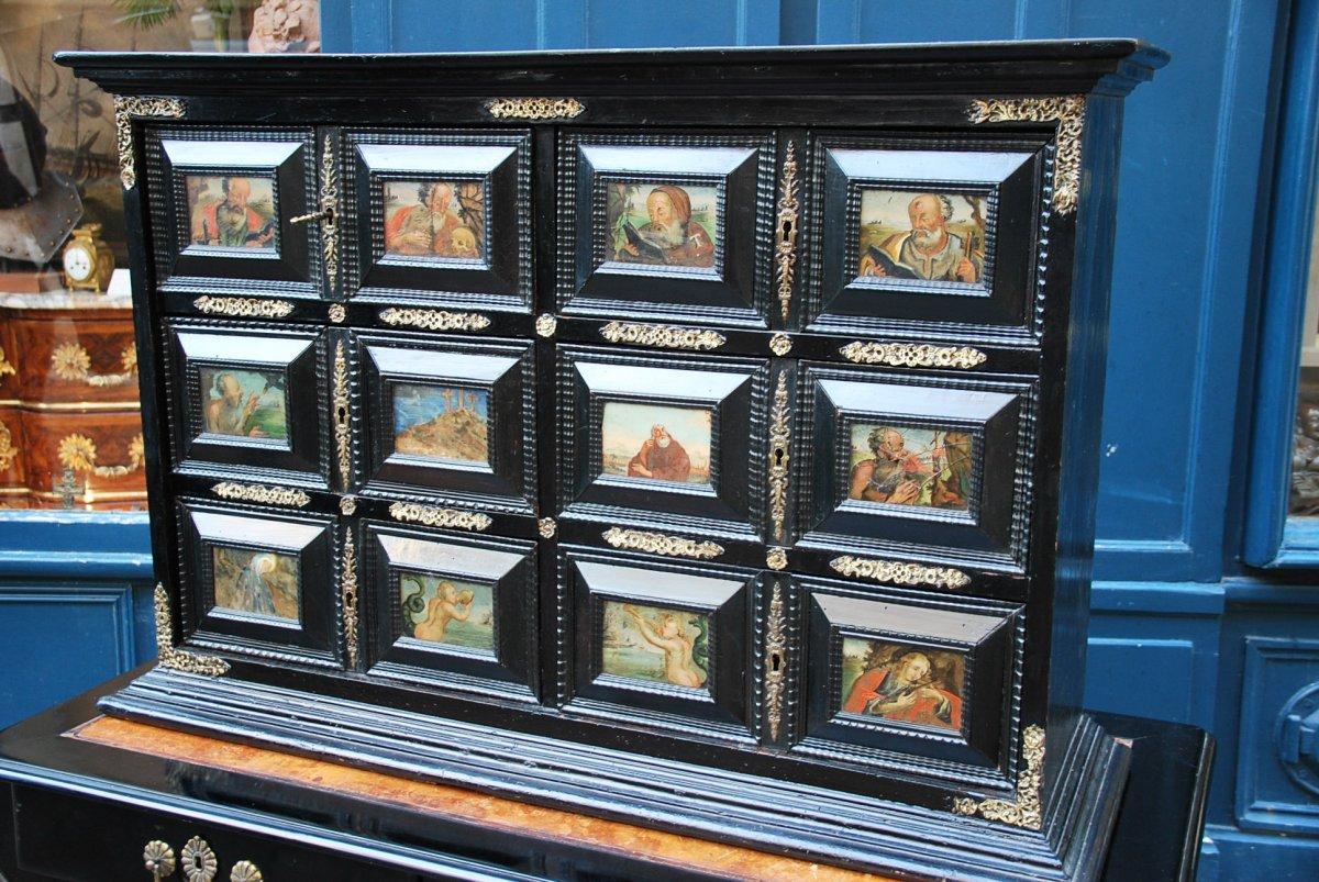 Cabinet With Glass Plates Églomisé, Spain XVII