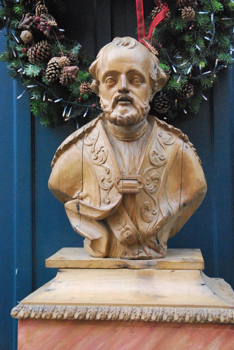 Saint Personnage En Bois Sculpté XVIII