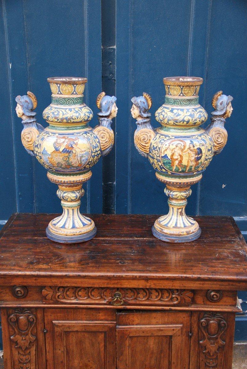 Italie Paire De Grands Vases En Faience Polychrome Style Renaissance XIX Urbino-photo-3