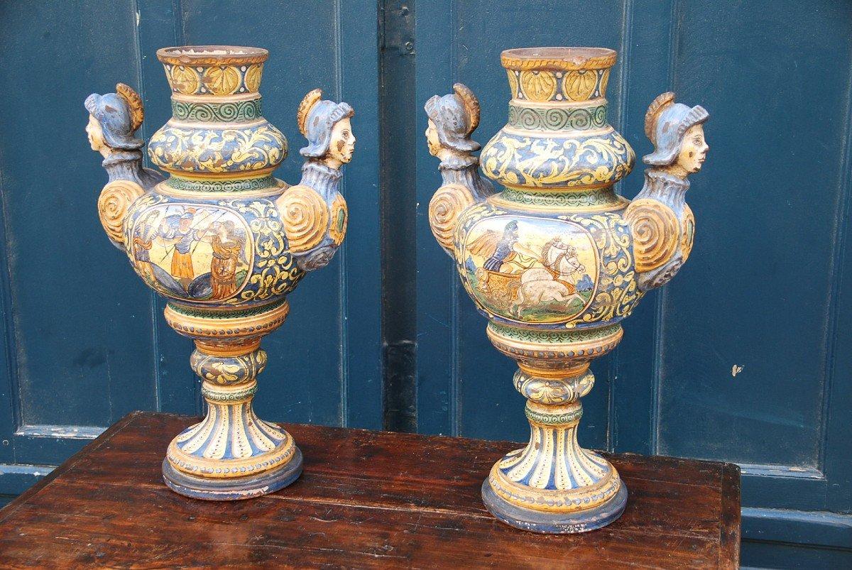 Italie Paire De Grands Vases En Faience Polychrome Style Renaissance XIX Urbino-photo-4