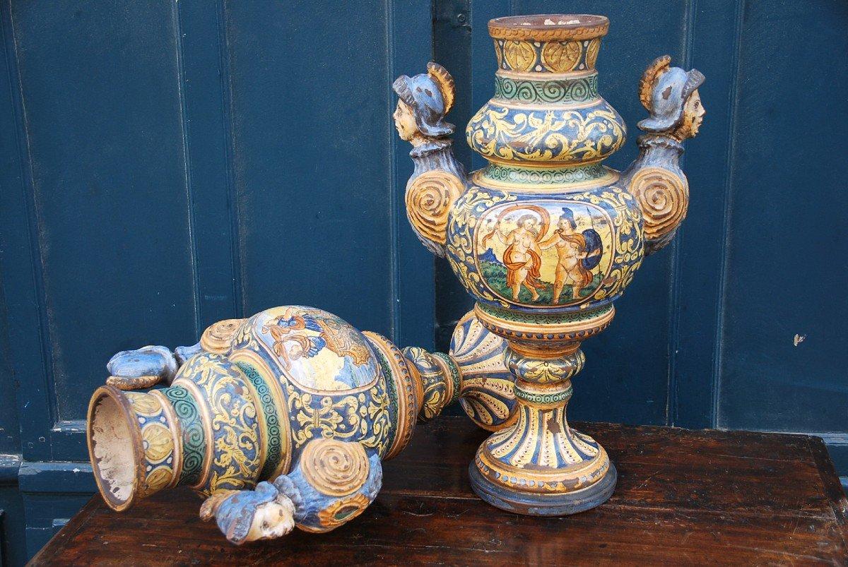 Italie Paire De Grands Vases En Faience Polychrome Style Renaissance XIX Urbino-photo-6