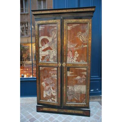 Armoire En Marqueterie Boulle Et Panneau De Laque De Chine , Louis XIV