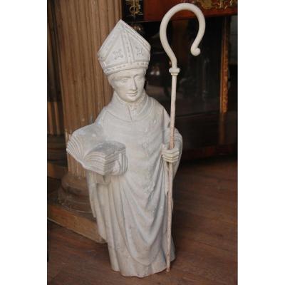 Statue En Pierre Saint Yves