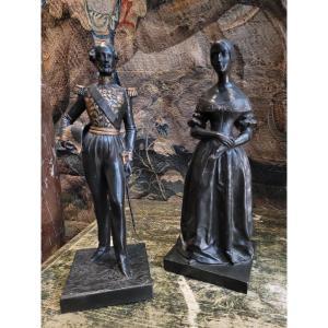 Paire De Sculptures En Fonte De Fer Représentant Le Duc D 'orléans Et Marie d'Orléans
