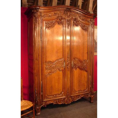 armoire normande en ch ne rouen poque r gence xviii me. Black Bedroom Furniture Sets. Home Design Ideas