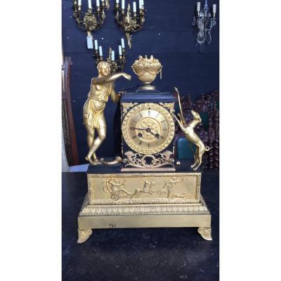 Pendule d'époque Empire En Bronze Doré