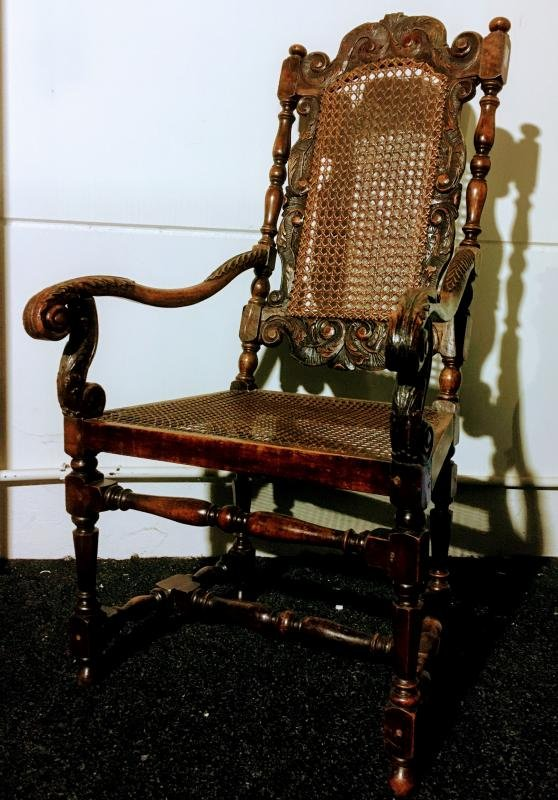 Fauteuil En Noyer Vers 1700 ( William & Mary ) -photo-3