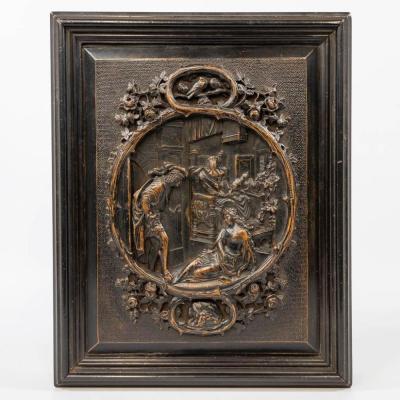 Boîte  En Bois d'ébène Avec Panneau Sculpté  Représentant Une Scène Romantique 19ème.