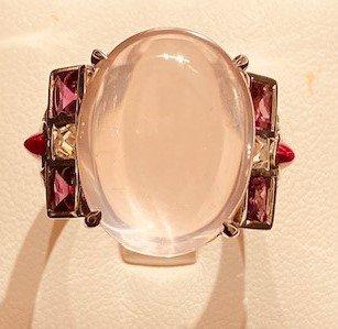Bague quartz rose, rubis et diamants