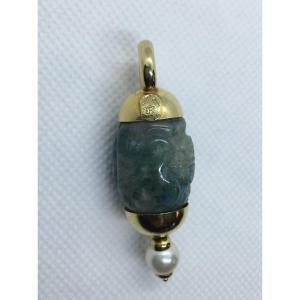 Pendentif en or, jade et perle