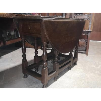 17th Century Gateleg Oak Table
