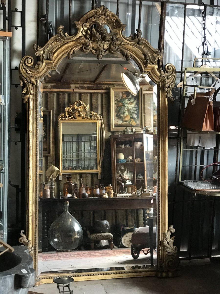 Grand  miroir bois et stuc doré
