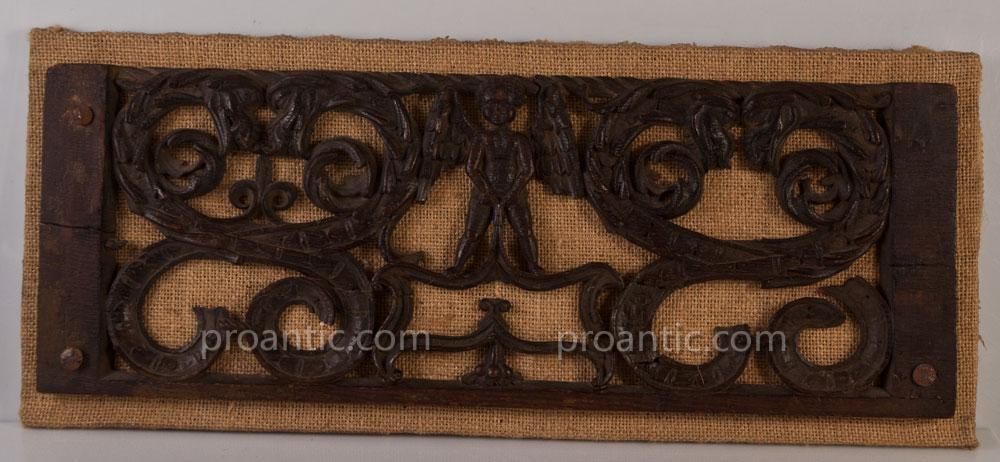 Panneau Décoratif En Bois sculpté ajouré anges et chimères