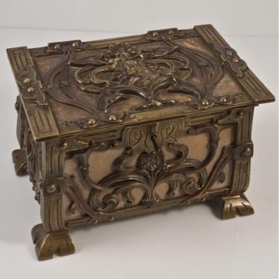 Coffret En Bronze Art Nouveau Mucha