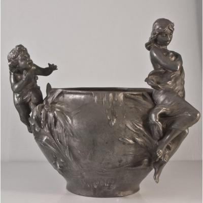 Foretay: Large Art Nouveau Tin Cache Pot