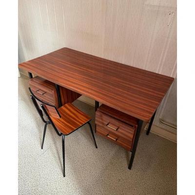 Bureau et sa chaise circa 1960