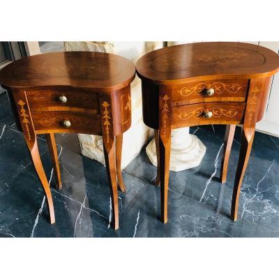 Paire De Chevets De Style Louis XV De Forme Rognon