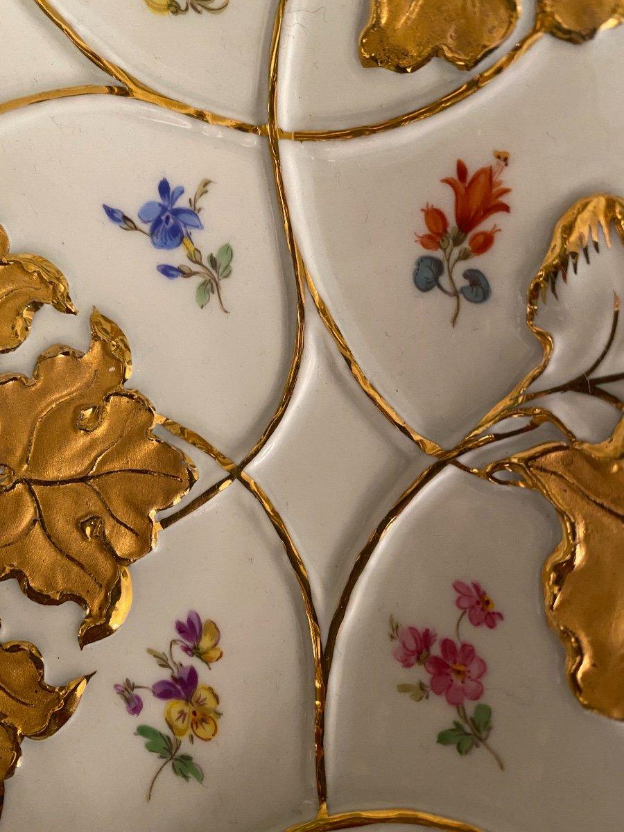 Assiette De Cabinet En Porcelaine Allemande Meissen Or Doré Peint À La Main Fleur Rose-photo-1