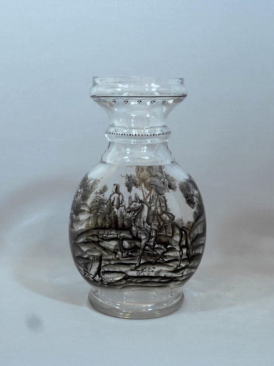 Verre de Bohême, Vase Schwarzlot à Décor de Chasse Peint en Grisaille ; à  La Manière d'Ignaz Preissler ou Johann Schaper