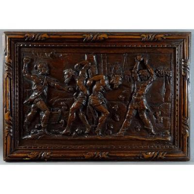 Bas Relief Du XVIIeme En Bois De Chêne Sculpté, Animé d'Une Scène De Lapidation Avec Personnag