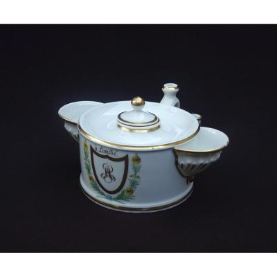Manufacture du Comte d'Artois, Important Encrier Circulaire à Deux Godets Latéraux En Porcelaine à Décor Polychrome et Or