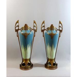 Paire de Vases Art-nouveau En Céramique Et Monture Bronze , Jugendstil Style De Johann von Schwarz, Circa 1910