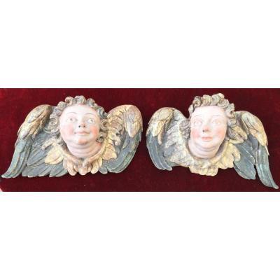 Paire De Têtes D'Anges En Bas -relief , Bois Sculpté Et Peint, XVIIè Siècle