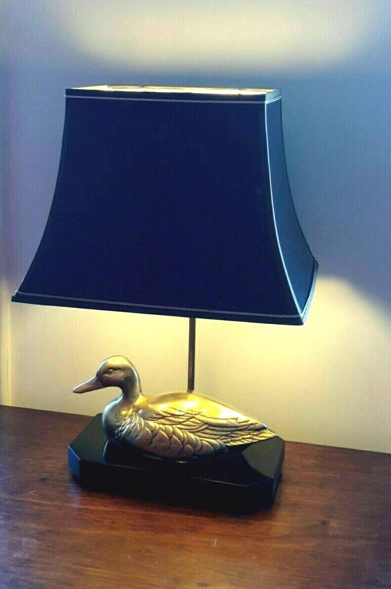 Lampe avec canard en laiton  sur socle bois laqué - Style Maison Charles - Années 70-photo-4