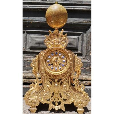 Pendule En Bronze Du XIX Eme