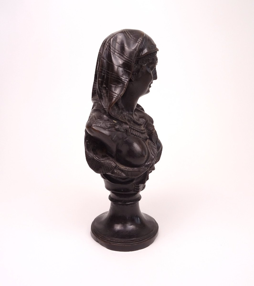 Classic Characters, Copy Of Bronze Busts-photo-1
