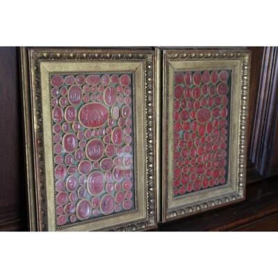 Paire De Cadres Avec Collection D Intailles En Cire Rouge XIXème