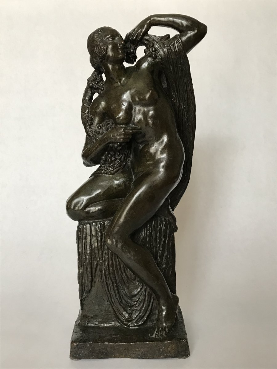 Patinated bronze sculpture. &quot;The Bacchant&quot; The draped Bacchante carries a branch of vine.H. 35.8 cm W. 15 cm D. 10 cmNumbered: 13/20Signed Cormier, Stamps of the foundry &quot;Susse Fres Edrs, Paris&quot;Colmiers is a French sculptor of the Art Deco period .A second prize was awarded to Cormier&#39;s similar bronze sculpture &quot;a woman draped with roses&quot; at the 1925 International Exhibition of Decorative Arts and Modern Industrialists in Paris.In 1929, he won the Legion d&rsquo;Honneur<br /> <br /> *When I take pictures of the objects, I try to make the colors as close as possible to reality, but please note that a small difference may occur. Do not hesitate to contact us if you have any questions regarding color, general impression, texture, etc.<br /> <br /> <br /> &nbsp;