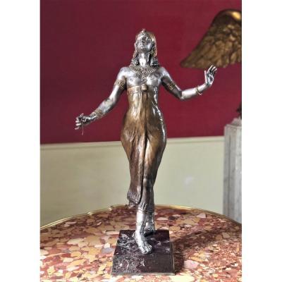 Egyptian Priestess, Signed Bronze, Around 1900.