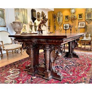 Table De Bibliotheque En Noyer Style Renaissance