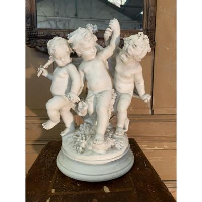 Group Of Cherubs In Biscuit