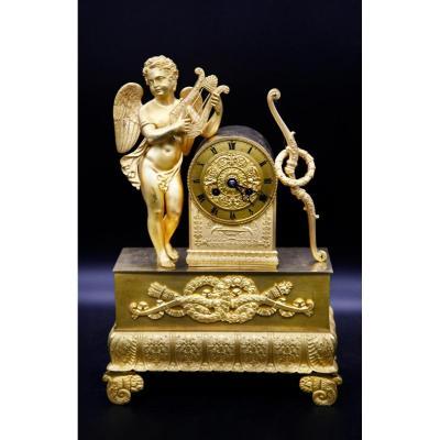 Pendule En Bronze Doré - Époque Restauration