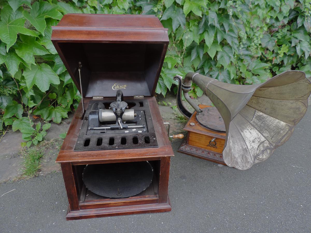 Deux Phonographes