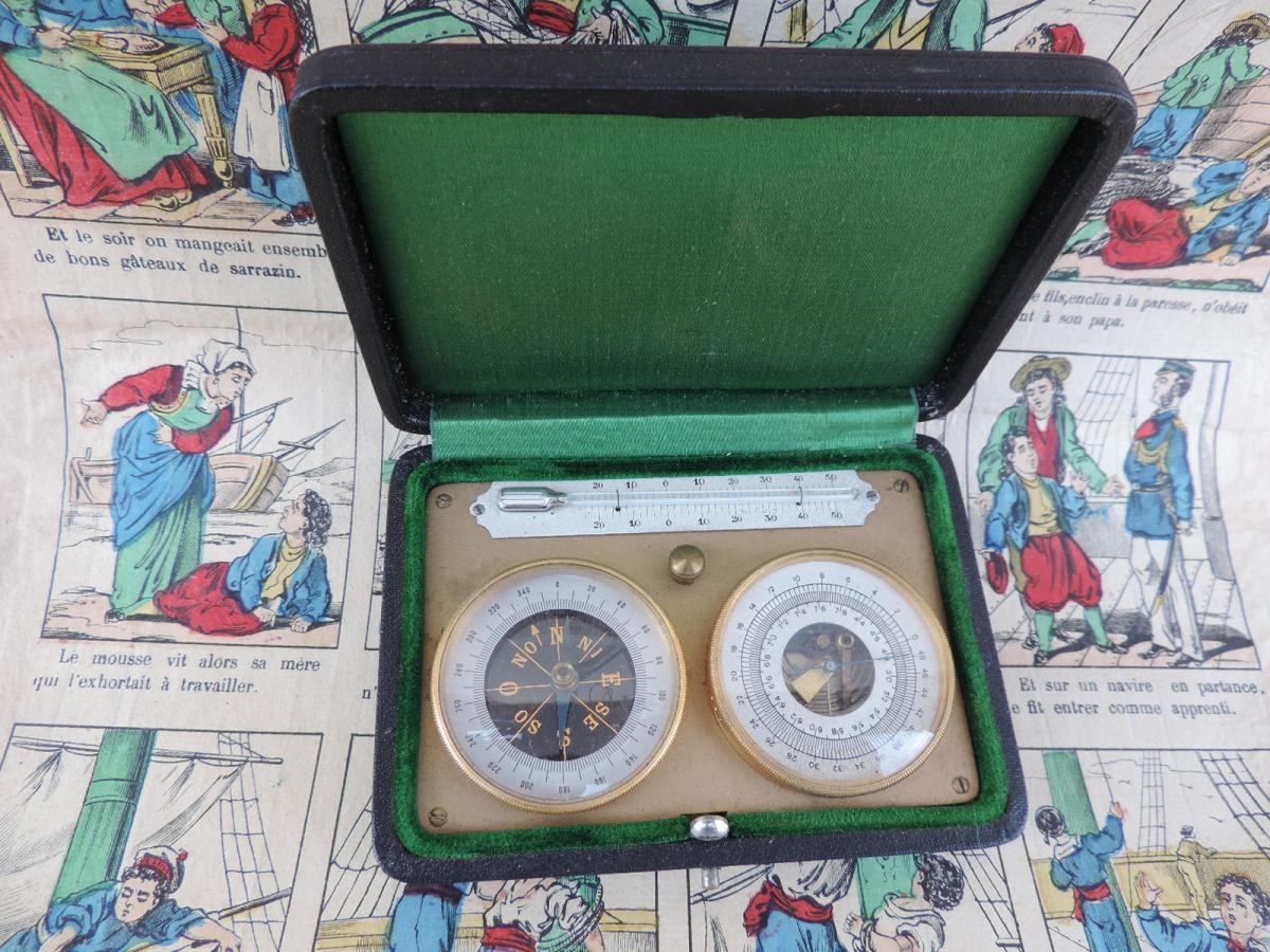 Barometer / Altimeter, Thermometer And Pocket Compass.