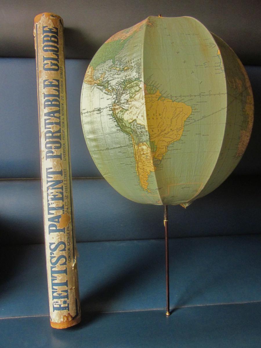 Globe Terrestre Pliant