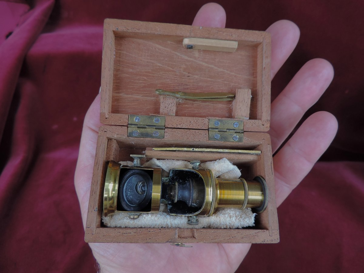 Miniature Microscope
