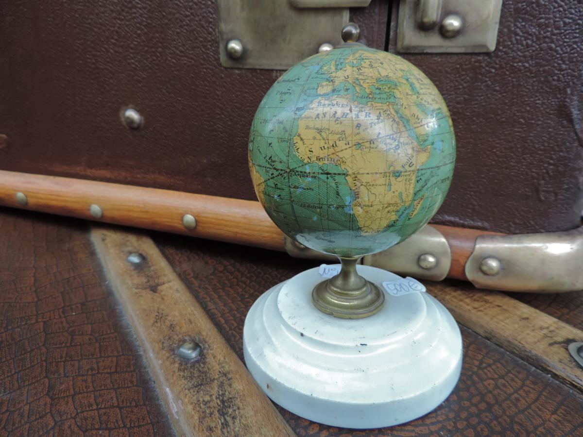 petit globe terrestre fin xix objets de d coration. Black Bedroom Furniture Sets. Home Design Ideas